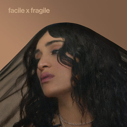 "Camélia Jordana ""Facile x Fragile"""